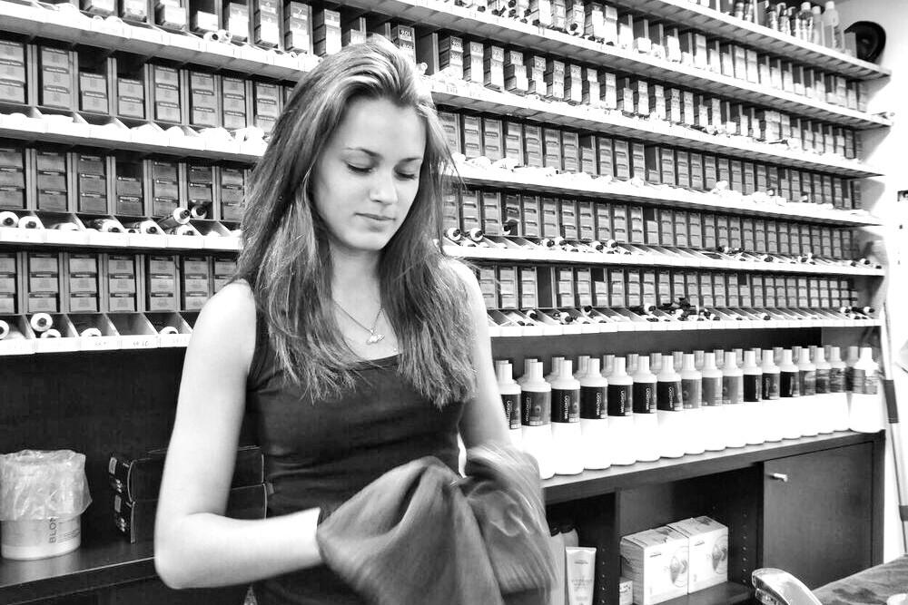 Samantha Alvarez - HAIR SPRING - Coiffeur im swissôtel Zürich-Oerlikon - Ihr Spezialist für modische Schnitte, brilliante Farben und professionelle Extensions