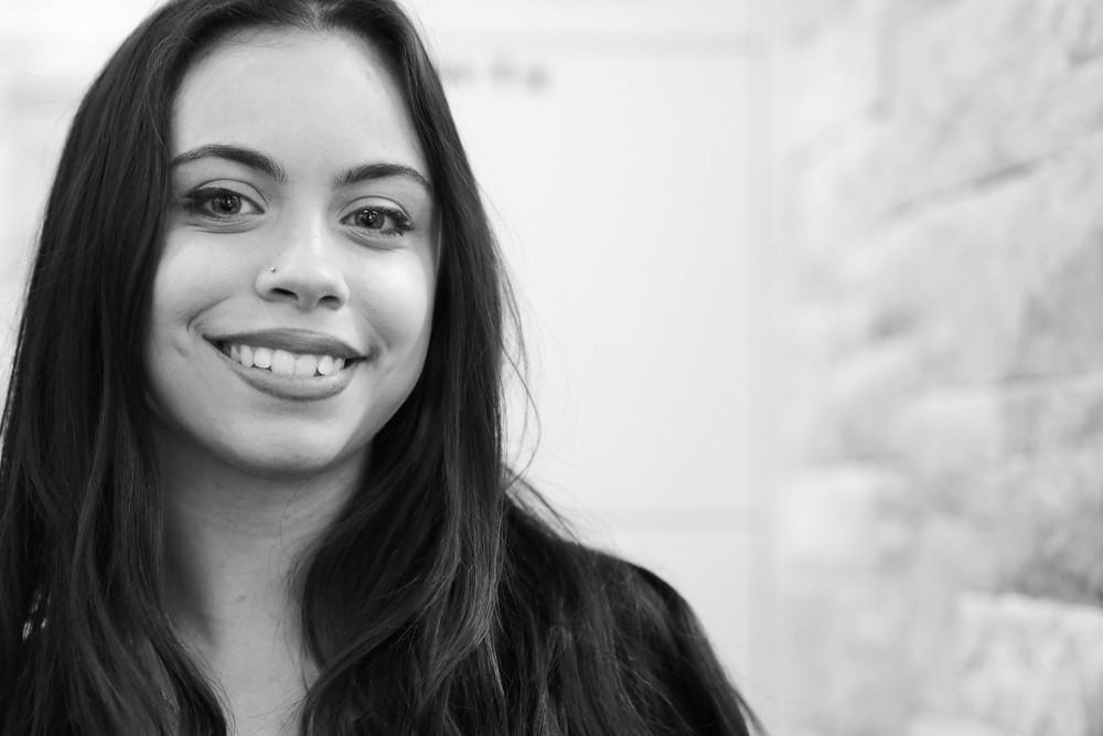 Viviana Feratov - HAIR SPRING - Coiffeur im swissôtel Zürich-Oerlikon - Ihr Spezialist für modische Schnitte, brilliante Farben und professionelle Extensions