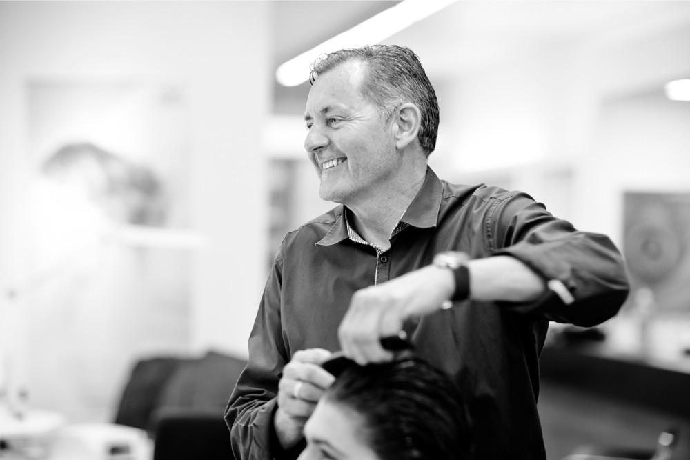 Markus Spring - HAIR SPRING - Coiffeur im swissôtel Zürich-Oerlikon - Ihr Spezialist für modische Schnitte, brilliante Farben und professionelle Extensions