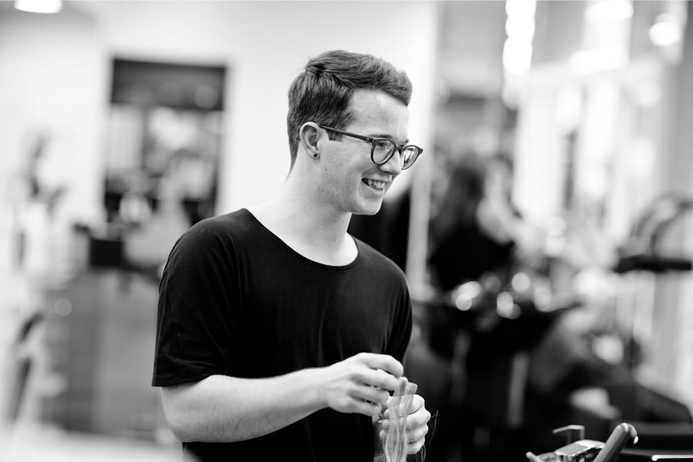 Kevin Neukom - HAIR SPRING - Coiffeur im swissôtel Zürich-Oerlikon - Ihr Spezialist für modische Schnitte, brilliante Farben und professionelle Extensions