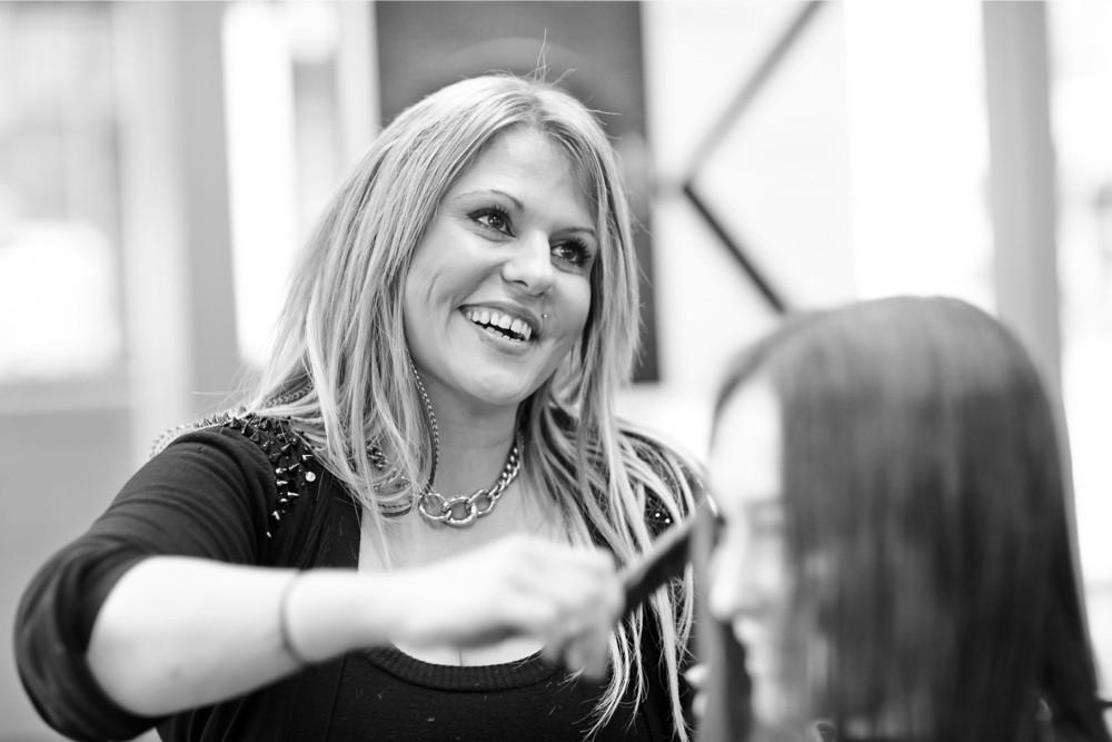 Sandra von Ostheim - HAIR SPRING - Coiffeur im swissôtel Zürich-Oerlikon - Ihr Spezialist für modische Schnitte, brilliante Farben und professionelle Extensions