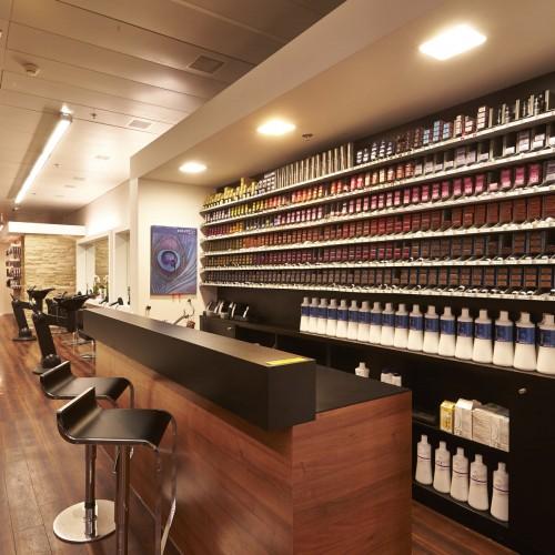 - HAIR SPRING - Coiffeur im swissôtel Zürich-Oerlikon - Ihr Spezialist für modische Schnitte, brilliante Farben und professionelle Extensions